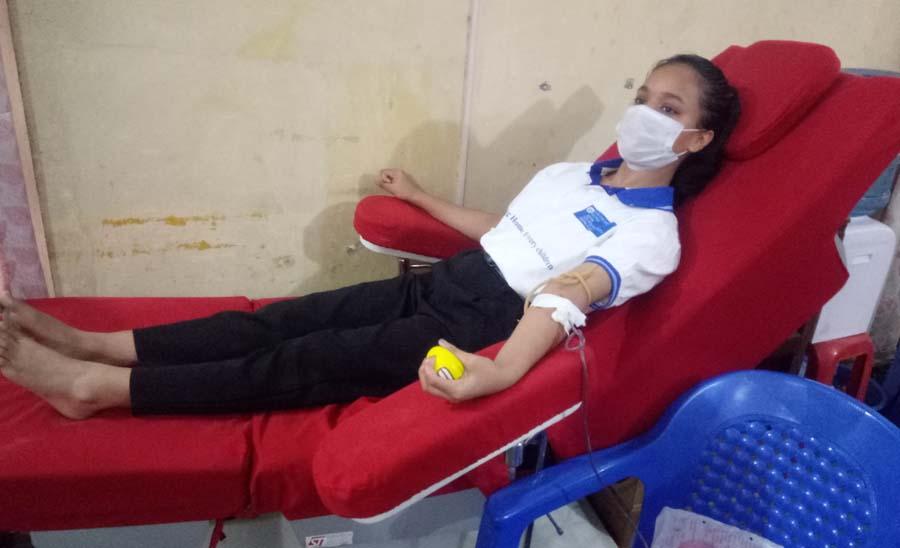 जनमत त्रैमासिकमा ४१ जनाले रक्तदान गरे